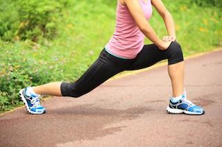 hip flexor stretch girl running