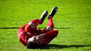 acute hip injury playing football